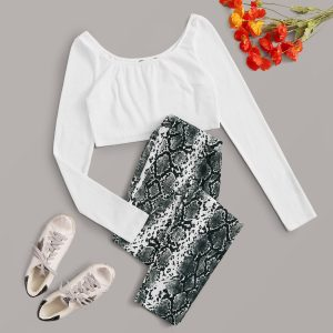 Strick Crop T-Shirt und Leggings Set mit Schlangenleder Muster